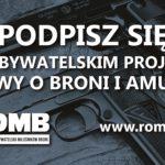 Zbiórka podpisów pod projektem ustawy o broni i amunicji w na zlocie pojazdów wojskowych w Darłówku.