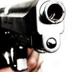 Pozwolenie na broń nie zabija, najwyżej pozwala przeżyć.