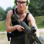 Natalia Nitek o broni palnej specjalnie dla trybun.org.pl