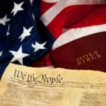 USA to ostoja cywilizacji wolnego człowieka, znamiennej biblijnym chrześcijaństwem, wolnością i dostępem do broni palnej