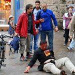 Atak nożownika w Hamburgu. Media przekonują, że nie wiadomo jaki miał motyw, ryczący Allach Akbar, nożownik.