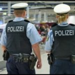 """Wykładowca niemieckiej szkoły policyjnej: """"Imigranccy rekruci są pełni nienawiści i przemocy, to piąta kolumna"""""""