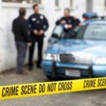 Z cyklu broń ratuje życie: właściciel domu zastrzelił napastnika, który usiłował wedrzeć się tylnymi drzwiami