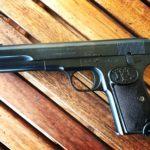 Prawie jak TT czyli pistolet Brownig FN 1903, który chcę sprzedać kolekcjonerowi broni palnej