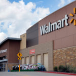 Amerykańska największa sieć sklepów Walmart podnosi minimalny wymagany wiek na zakup broni