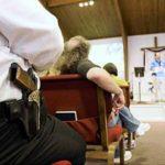 Dla zachowania bezpieczeństwa w chrześcijańskim kościele potrzebna jest wiara i broń palna