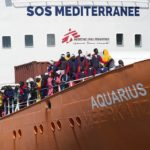 Włosi zdecydowanie przeciwko przyjmowaniu uchodźców, z nimi Węgrzy – przeciwko nim rzesza europejska i katolicki papież