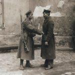 W 100 rocznicę niepodległości rząd PiS przystępuje do rozbrajania Polaków i konfiskaty broni – 100 lat temu to myśmy rozbrajali Niemców…