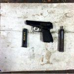 Zorganizowane grupy przestępcze posiadają nielegalnie broń – przykład z Warszawy – praworządni Polacy są bezbronni