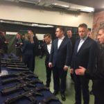 """Kierownictwo MON w Fabryce Broni """"Łucznik"""" Radom obiecuje i mówi, że się stara"""