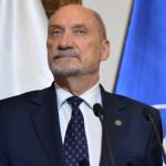 Minister Macierewicz zapowiada większy dostęp do broni… w ramach oddziałów obrony terytorialnej.