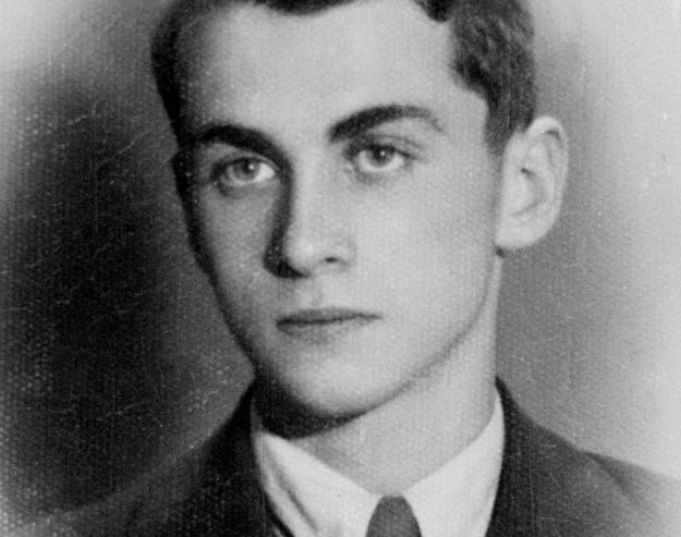 Krzysztof Kamil Baczyński Poeta A Z Wyboru I Do Końca życia