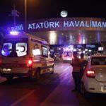 Zamach na lotnisku w Stambule.