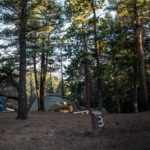 Z cyklu broń ratuje życie: obozujący na campingu Amerykanin swoją bronią powstrzymał atak szaleńca