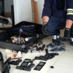 Poważnym przestępstwom narkotykowym towarzyszy nielegalna broń – przykład z okolic Warszawy