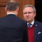 Panu Bogu świeczkę i diabłu ogarek – to urzędowa mentalność rządzących w Polsce kacyków
