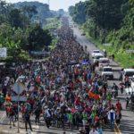 Inwazja imigrantów zbliża się do granic USA, Pentagon wysyła na granice wojsko