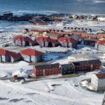 Napad uzbrojonego imigranta na bank na Spitsbergenie, gdzie każdy ma broń, a bank jest gun free zone