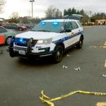 Z  cyklu broń ratuje życie: sześciu praworządnych i uzbrojonych obywateli otoczyło dwóch sklepowych złodziei