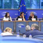 Parlament Europejski wzywa państwa członkowskie do wprowadzenia ograniczeń posiadania i noszenia noży
