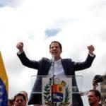 """Tymczasowy prezydent Wenezueli Juan Guaido zyskuje zwolenników, tchórzliwy, skrajnie lewicowy rząd PiS, wciąż """"neutralny"""" – czyli po stronie komunistów"""