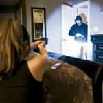 Z cyklu  broń ratuje życie: młoda matka, w obronie siebie i dziecka, zastrzeliła atakującego intruza