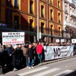 Próby implementacji unijnej dyrektywy o broni  w Hiszpanii