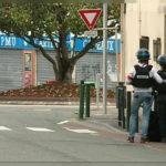 Uzbrojony nastolatek, w nielegalnie posiadaną broń, wziął zakładników we Francji