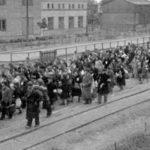 75 lat temu niemieccy ludobójcy rozpoczęli masowe deportacje Żydów z Łódzkiego Getta (Litzmannstadt Getto) do obozów zagłady
