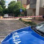 W Warszawie jakiś świr zastrzelił kobietę – zdaniem tzw. dziennikarzy mamy do czynienia ze strzelaniną, a to zwykłe morderstwo było