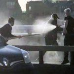 Lewica wpycha świat w okres kamienia łupanego – na London Bridge powstrzymać terrorystę próbowano kłem narwala