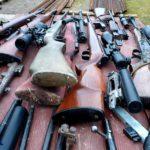 CBŚP: Rozbita grupa przestępcza zajmująca się nielegalnym handlem bronią