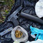Przestępcy od narkotyków posiadają broń, ich nie dotyczy ustawowa reglamentacja – przykład z Mławy