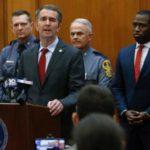Spanikowany gubernator Wirginii ogłasza stan wyjątkowy w związku z mityngiem zwolenników broni