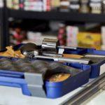 Początek roku 2020 w USA z rekordową sprzedażą ponad 2,7 miliona egzemplarzy broni w styczniu