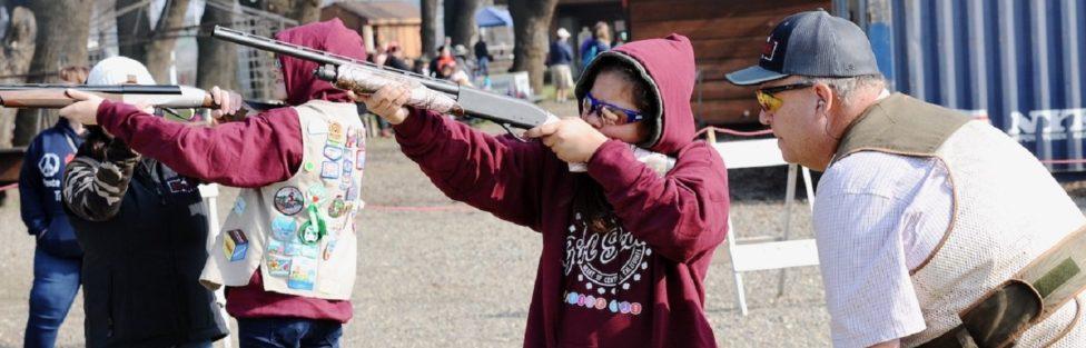 Jak Amerykanie przygotowują młodzież do korzystania z broni