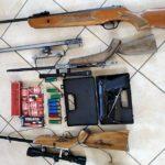 """Oto efekty idiotycznych przepisów – policja zabezpieczyła nielegalny """"arsenał"""" broni i amunicji"""