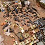 Czy wyobrażacie sobie to czego ustawa zabrania – posiadali narkotyki, amunicję i broń!