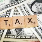 """Podnoszą ci podatki? Uciekaj! W USA ludzie przenoszą się z socjalistycznych stanów do republikańskich """"rajów podatkowych"""""""