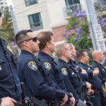 Największy związek zawodowy policjantów w USA otwarcie popiera Trumpa