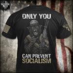 Niejednoznaczne politycznie stany (swing states) przeżywają boom sprzedaży broni – czy nowi posiadacze broni zatrzymają w USA socjalizm?