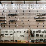 Czas przed-bidenowski spowodował masowy wykup broni i amunicji przez zwykłych Amerykanów