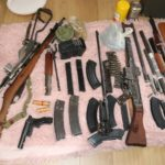 Służby naszego dziadowskiego państwa łapią nielegalnych posiadaczy broni
