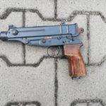 Z cyklu policja nie zapewniła bezpieczeństwa: dokonał rozboju, miał przy okazji nielegalną broń palną