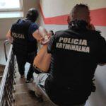 """Z cyklu policja nie zapewniła bezpieczeństwa: nocna """"strzelanina"""" w Żyrardowie, jedna osoba nie żyje – czyli zabójstwo z użyciem broni palnej"""
