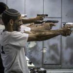 Lewicowy rząd Izraela rozważa zaostrzenie przepisów o broni palnej – były minister tworzy w Knesecie grupę do walki o prawo do broni