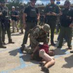 Floryda: zabójca policjanta był 4 dni na wolności – szeryf kazał ludziom strzelać w samoobronie, o dzwonieniu po służby nic nie mówił